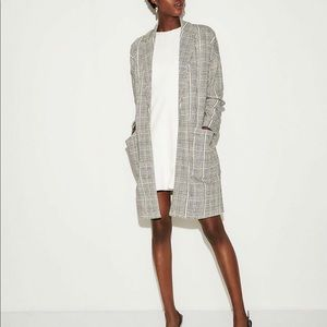 EXPRESS DOUBLE WEAVE BLACK AND WHITE COAT